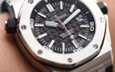 复刻手表跟高仿手表的区别是什么?