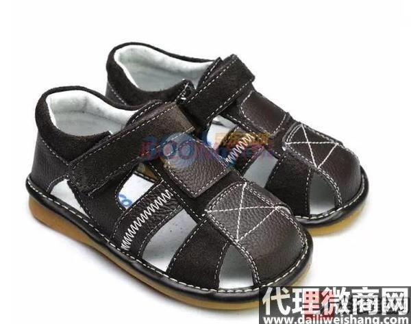 宝宝买凉鞋大小如何选择?